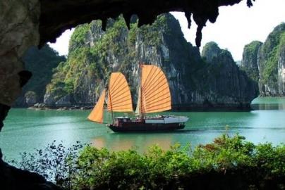 Những địa điểm tham quan hấp dẫn khi du lịch Hạ Long